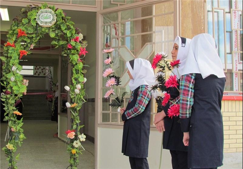 دلنگرانی و دغدغه خانوادهها برای ثبتنام مدارس