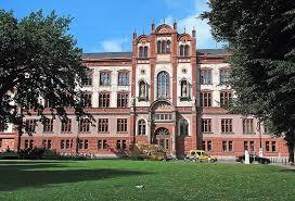 دوره های مشترک با دانشگاههای هلند، آلمان و انگلیس